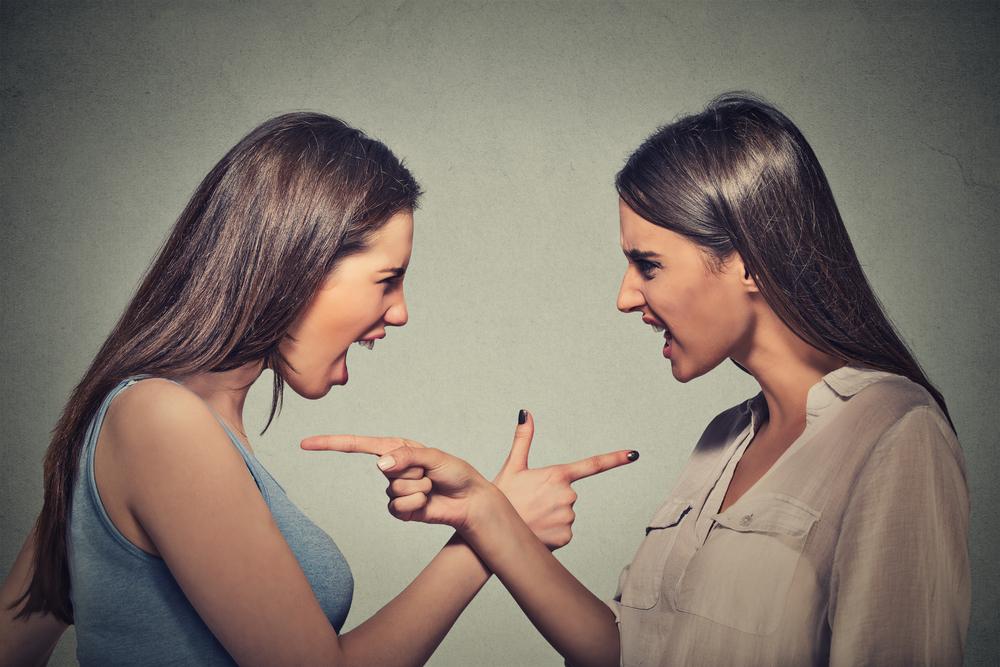 ネット上の誹謗中傷は相手にしないのが一番いい方法!?その理由は?