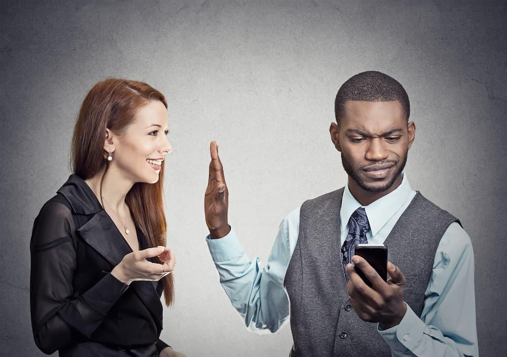 信用毀損罪にあたる誹謗中傷を放置するリスク