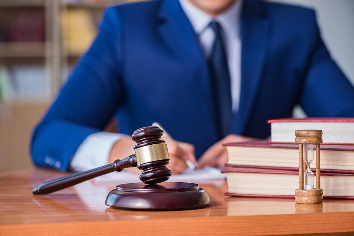弁護士から削除依頼を送信